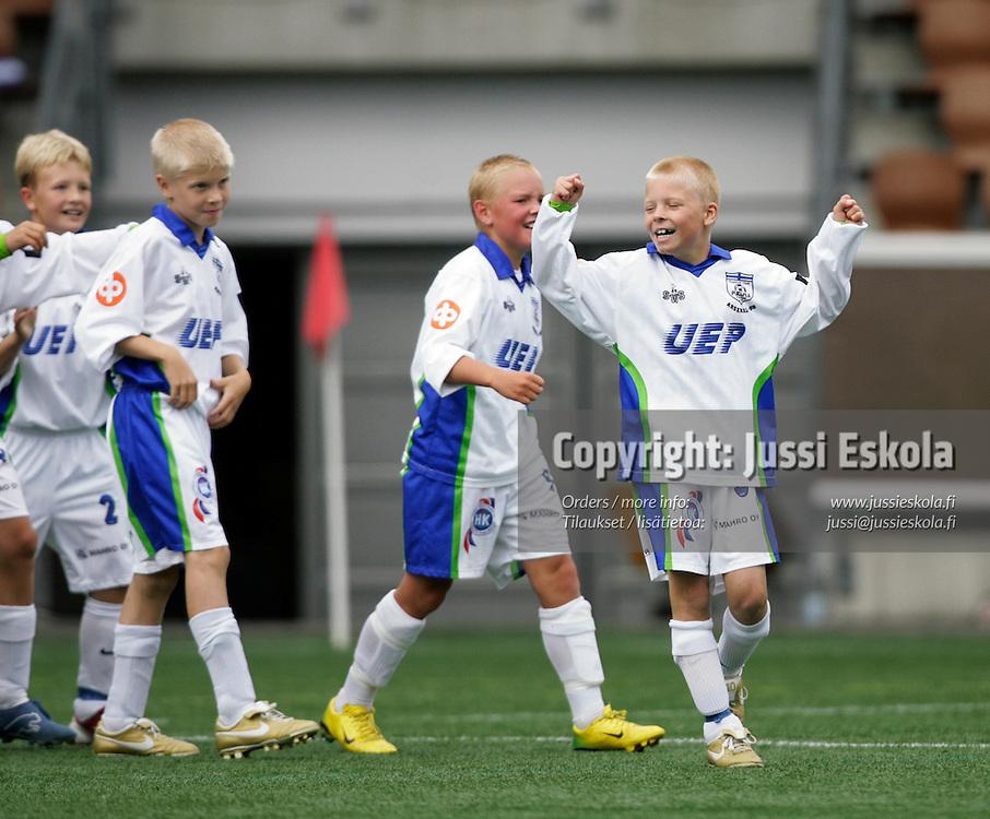 PE11 HJK-Sin - Futura/Green. Helsinki Cup 2007. Photo: Jussi Eskola