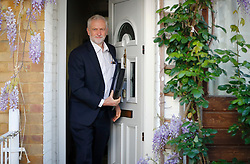 © Licensed to London News Pictures. 19/04/2017. London, UK. Labour party leader JEREMY CORBYN seen leaving his London home, the morning after British prime minister Theresa May announced plans for a snap general election. Photo credit: Tolga Akmen/LNP