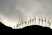 Dublin, California, USA, 20070210:  A wind farm in the Altamont Pass in Dublin. Photo: Orjan F. Ellingvag/ Dagens Naringsliv/ Corbis