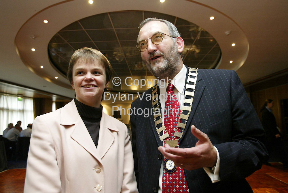 11/10/2002 Irish Times Jack Fagan Property.Pictured yesterday at the Society of Chartered Surveyors Annual Conference at the Kilkenny Ormonde Hotel was Jill Craig RICS and John Daly Society President..Picture Dylan Vaughan