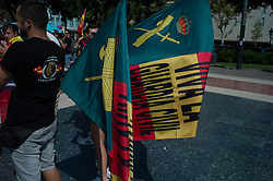 September 29, 2018 - Barcelona, Catalonia, Spain - Demonstration of officials of the national police and the Guardia Civil, the mossos secure the perimeter against the separatists. (Credit Image: © Pierre Berthuel/Le Pictorium Agency via ZUMA Press)