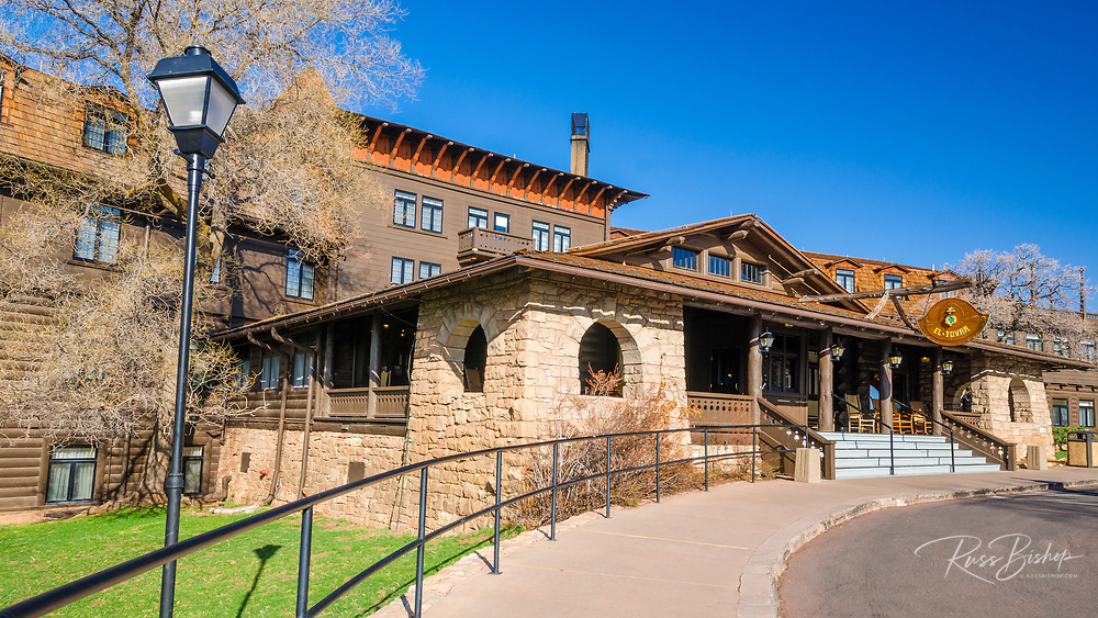 El Tovar Hotel (National Historic Landmark), Grand Canyon National Park, Arizona USA