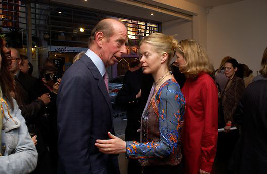 then Duke of Kent and Lady Helen Taylor, Timothy Taylor new gallery opening, Dering  St. 20 May 2003. © Copyright Photograph by Dafydd Jones 66 Stockwell Park Rd. London SW9 0DA Tel 020 7733 0108 www.dafjones.com