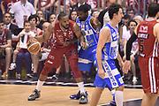DESCRIZIONE : Milano Lega A 2014-15 EA7 Emporio Armani Milano vs Banco di Sardegna Sassari playoff Semifinale gara 7 <br /> GIOCATORE : Samardo Samuels<br /> CATEGORIA : controcampo tecnica sequenza<br /> SQUADRA : EA7 Emporio Armani Milano<br /> EVENTO : PlayOff Semifinale gara 7<br /> GARA : EA7 Emporio Armani Milano vs Banco di Sardegna SassariPlayOff Semifinale Gara 7<br /> DATA : 10/06/2015 <br /> SPORT : Pallacanestro <br /> AUTORE : Agenzia Ciamillo-Castoria/GiulioCiamillo<br /> Galleria : Lega Basket A 2014-2015 Fotonotizia : Milano Lega A 2014-15 EA7 Emporio Armani Milano vs Banco di Sardegna Sassari playoff Semifinale  gara 7 Predefinita :