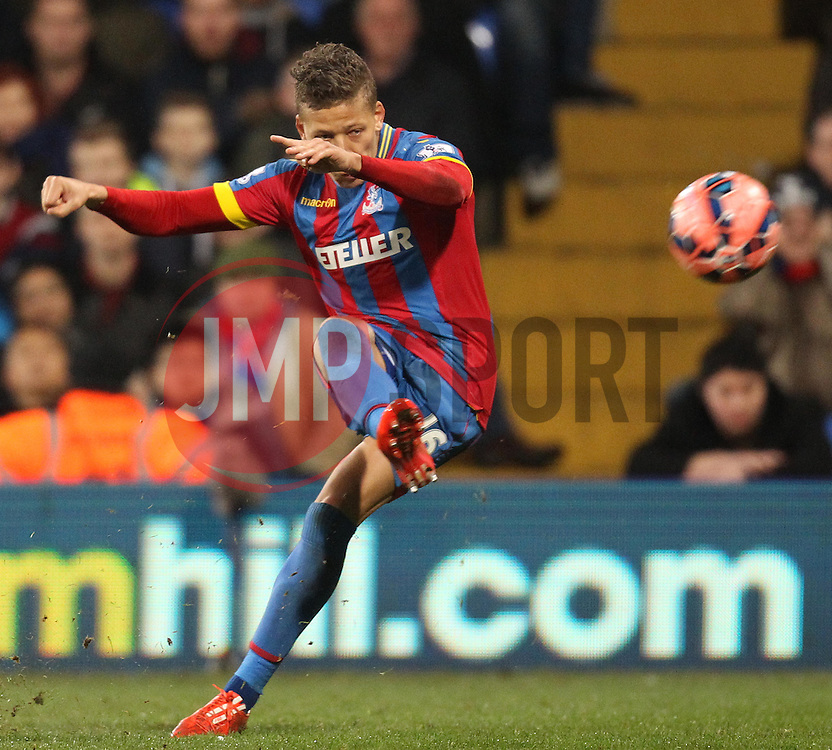 Crystal Palace's Dwight Gayle shoots - Photo mandatory by-line: Robbie Stephenson/JMP - Mobile: 07966 386802 - 14/02/2015 - SPORT - Football - London - Selhurst Park - Crystal Palace v Liverpool - FA Cup - Fifth Round