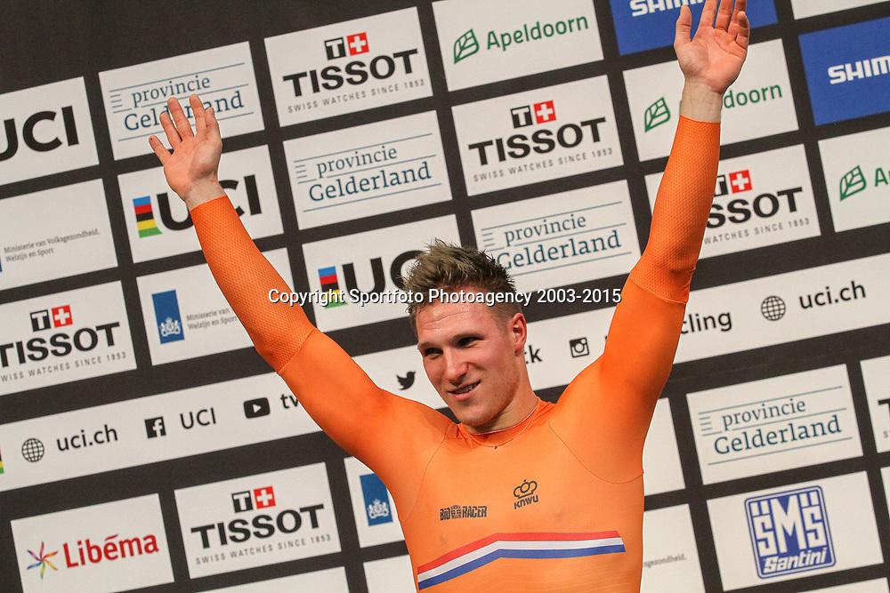 04-03-2018: Wielrennen: WK Baan: Apeldoorn<br />04-03-2018: Wielrennen: WK Baan: Apeldoorn<br />  Jeffrey Hoogland is wereldkampioen op de kilometer. De Nijverdaller was ook al de snelste in de kwalificatie en maakte die favorietenstatus waar.