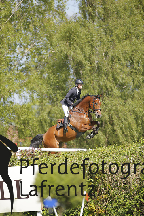 Rüder, Kai, Cross Keys<br /> Hamburg - Hamburger Derby 2015<br /> 2. Qualifikation zum Deutschen Springderby<br /> Riders Tour Wertungsprüfung<br /> © www.sportfotos-lafrentz.de/Stefan Lafrentz