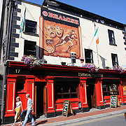 Sheehan's Pub, Dublin, Ireland. Photo Tim Clayton