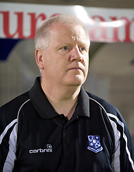BRISTOL, ENGLAND - Tuesday, September 28, 2010: Tranmere Rovers' manager Les Parry before the Football League One match against Bristol Rovers at the Memorial Ground. (Photo by David Rawcliffe/Propaganda)