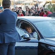 NLD/Dordrecht/20150414 - Leden van de Koninklijke Familie bezoeken het Koningsdagconcert 2015, aankomst Pr. Margriet