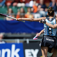 DEN HAAG - Rabobank Hockey World Cup<br /> 37 3rd Place match: Argentina - USA<br /> Foto: Luciana Aymar scored the 2-1.<br /> COPYRIGHT FRANK UIJLENBROEK FFU PRESS AGENCY