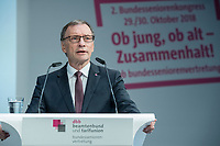 30 OCT 2018, BERLIN/GERMANY:<br /> Dr. Horst Guenther Klitzing, DPhV, Bundesvorsitzender dbb bundesseniorenvertretung, 2. dbb Bundesseniorenkongress, dbb Forum Berlin<br /> IMAGE: 20181030-01-051<br /> KEYWORDS: Horst Günther Klitzing