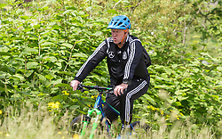 03.06.2015, Steinbergstadion, Leogang, AUT, U 21 EM, Vorbereitung Deutschland, im Bild Trainer Horst Hrubesch (Deutschland U21) auf dem Fahrrad // during Trainingscamp of Team Germany for Preparation of the UEFA European Under 21 Championship at the Steinbergstadium in Leogang, Austria on 2015/06/03. EXPA Pictures © 2015, PhotoCredit: EXPA/ JFK