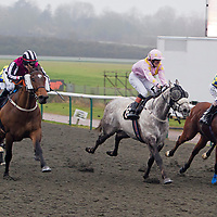 Desert Strike and Nora Looby winning the 3.00 race