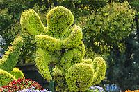 stylish bush sculpture design lovers couple in republic popular of China