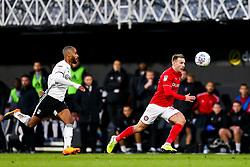 Andi Weimann of Bristol City is challenged by Denis Odoi of Fulham - Rogan/JMP - 07/12/2019 - Craven Cottage - London, England - Fulham v Bristol City - Sky Bet Championship.