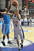 DESCRIZIONE : Cantu Lega A 2011-12 Bennet cantu Vanoli Braga Cremona<br /> GIOCATORE : Carlos Gianella<br /> SQUADRA :  Bennet cantu <br /> EVENTO : Campionato Lega A 2011-2012 <br /> GARA : Bennet cantu Vanoli Braga Cremona<br /> DATA : 22/01/2012<br /> CATEGORIA : Penetrazione Tiro<br /> SPORT : Pallacanestro <br /> AUTORE : Agenzia Ciamillo-Castoria/ L.Goria<br /> Galleria : Lega Basket A 2011-2012 <br /> Fotonotizia : Cantu Lega A 2011-12  Bennet cantu Vanoli Braga Cremona<br /> Predefinita