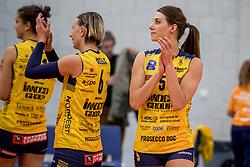 07-11-2017 NED: CEV CL Sliedrecht Sport - Imoco Volley Conegliano, Sliedrecht<br /> In een volgepakt Sporthal De Basis speelt Sliedrecht de derde wedstrijd in de Champions League en verliest met 3-0 / Robin de Kruijf #5 of Imoco Volley Conegliano