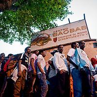 Migranti, emergenza umanitaria al centro di accoglienza Baobab