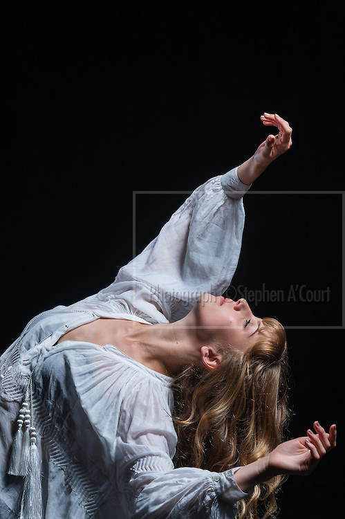 Dancer Jadyn Burt.  Photo credit: Stephen A'Court.  COPYRIGHT ©Stephen A'Court