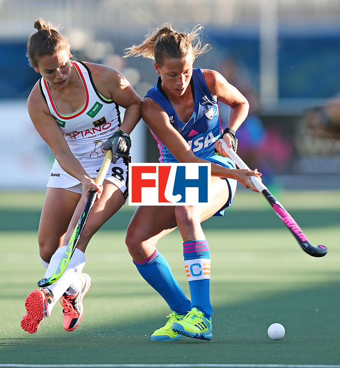 New Zealand, Auckland - 21/11/17  <br /> Sentinel Homes Women&rsquo;s Hockey World League Final<br /> Harbour Hockey Stadium<br /> Copyrigth: Worldsportpics, Rodrigo Jaramillo<br /> Match ID: 10301 - GER vs ARG<br /> Photo: (18) ALTENBURG Lisa (C) in figth with (12) MERINO Delfina
