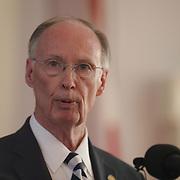 170410 Alabama Governor Robert Bentley_Kay Ivey