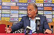 Arta Terme (UD), 27/07/2011.Campionato di calcio Serie A 2011/2012.Il DS Fabrizio Larini presenta il nuovo acquisto Sergio Piccoli Neuton. .© foto di Simone Ferraro