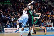 DESCRIZIONE : Final Eight Coppa Italia 2015 Desio Quarti di Finale Olimpia EA7 Emporio Armani Milano - Sidigas Scandone Avellino<br /> GIOCATORE : Samardo Samuels Marc Trasolini<br /> CATEGORIA : fallo<br /> SQUADRA : EA7 Emporio Armani Milano Sidigas Avellino<br /> EVENTO : Final Eight Coppa Italia 2015 Desio<br /> GARA : Olimpia EA7 Emporio Armani Milano - Sidigas Scandone Avellino<br /> DATA : 20/02/2015<br /> SPORT : Pallacanestro <br /> AUTORE : Agenzia Ciamillo-Castoria/Max.Ceretti