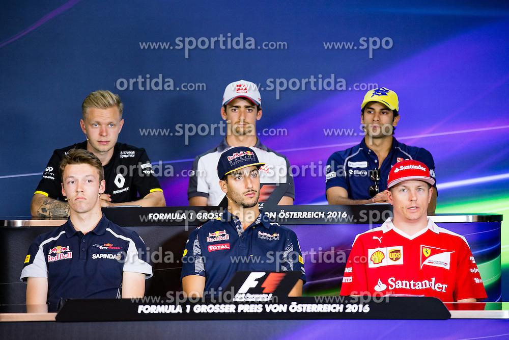 30.06.2016, Red Bull Ring, Spielberg, AUT, FIA, Formel 1, Grosser Preis von Österreich, Vorberichte, im Bild vorne v.l. Daniil Kvyat (RUS) Scuderia Toro Rosso, Daniel Ricciardo (AUS) Red Bull Racing, Kimi Raeikkoenen (FIN) Scuderia Ferrari, hinten v.l. Kevin Magnussen (DEN) Renault Sport F1 Team, Esteban Gutierrez (MEX) Haas F1 Team, Felipe Nasr (BRA) Sauber F1 Team bei der Pressekonferenz // 1st row f.l. Russian Formula One driver Daniil Kvyat of Scuderia Toro Rosso Australian Formula One drive Daniel Ricciardo of Red Bull Racing Finnish Formula One driver Kimi Raeikkoenen of Scuderia Ferrari 2nd row f.l. Danish Formula One Kevin Magnussen Renault Sport F1 Team Mexican Formula One driver Esteban Gutierrez of Haas F1 Team Brazilian Formula One driver Felipe Nasr Sauber F1 Team at the press conference during the Preparation for the Austrian Formula One Grand Prix at the Red Bull Ring in Spielberg, Austria on 2016/06/30. EXPA Pictures © 2016, PhotoCredit: EXPA/ Johann Groder