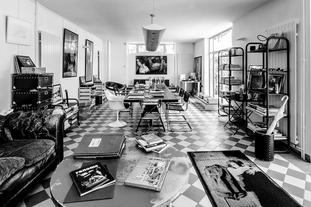 Maurice Renoma Office in Paris