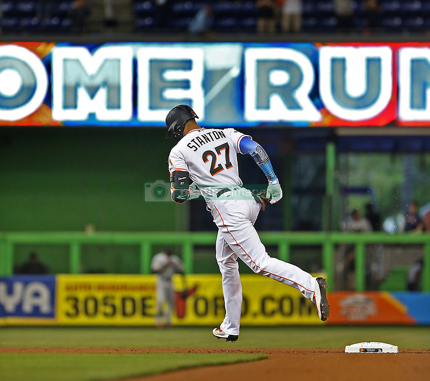 August 14, 2017 - Miami, FL, USA - Giancarlo Stanton breaks the Marlins' season homerun record as he hits his 43rd dinger of the season as the Miami Marlins host the San Francisco Giants on Monday, Aug. 14, 2017 in Miami. (Credit Image: © Patrick Farrell/TNS via ZUMA Wire)