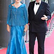NLD/Amsterdam/20110527 - 40ste verjaardag Prinses Maxima, Cees Dam en partner M.L.A. van Loon-Labouchere