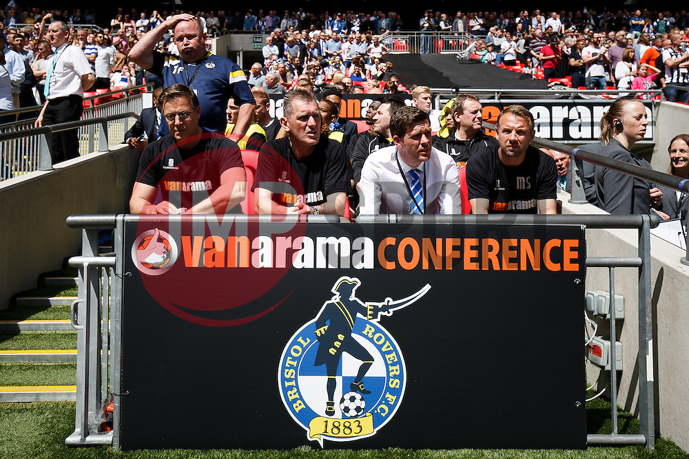 Bristol Rovers Manager Darrell Clarke (C) takes his seat in the dugout - Photo mandatory by-line: Rogan Thomson/JMP - 07966 386802 - 17/05/2015 - SPORT - FOOTBALL - London, England - Wembley Stadium - Bristol Rovers v Frimsby Town - Vanarama Conference Premier Play-off Final.