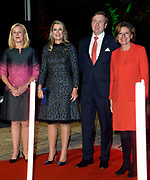 Zijne Majesteit Koning Willem-Alexander en Hare Majesteit Koningin Máxima brengen een werkbezoek aan de Duitse deelstaten Rijnland-Palts en Saarland.<br /> <br /> His Majesty King Willem-Alexander and Her Majesty Queen Máxima paid a working visit to the German federal states of Rhineland-Palatinate and Saarland.<br /> <br /> op de foto / On the Photo: Aankomst Koning Willem Alexander en Koningin Maxima met minister Sigrid Kaag en minister-president Malu Dreyer bij het  Trade Dinner in Trier in de Ehemalige Abteikirche St Maximin<br /> <br /> Arrival King Willem Alexander and Queen Maxima at the Trade Dinner in Trier in the Ehemalige Abteikirche St Maximin