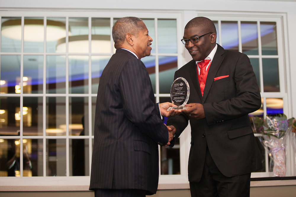 Aggrey Willis Otieno, an Ohio University alumnus, recieves an Award of Excellence in Global Engagement during the Global Engagement Awards Gala in Nelson Commons, on Thursday, November 19, 2015. Photo by Kaitlin Owens