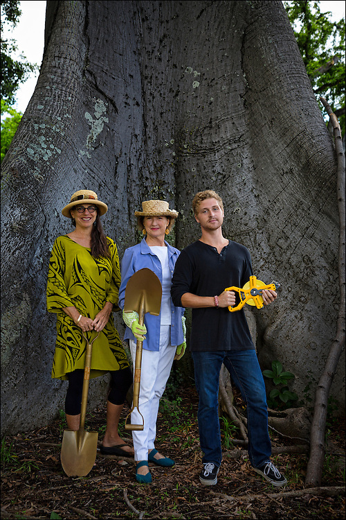 L to R:  Outdoor Circle members Kaui Lucas, Alexandra Avery, President Emeritus of the Outdoor Circle, and Myles Ritchie pose for portrait in front of a Kapok tree .©PF Bentley