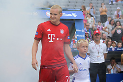 11.07.2015, Alianz Arena, Muenchen, GER, 1. FBL, FC Bayern Muenchen, Teampräsentation, im Bild Sebastian Rode #20 (FC Bayern Muenchen) kommt in die Arena // during the Teampresentation of German Bundesliga Club FC Bayern Munich at the Alianz Arena in Muenchen, Germany on 2015/07/11. EXPA Pictures © 2015, PhotoCredit: EXPA/ Eibner-Pressefoto/ Kolbert<br /> <br /> *****ATTENTION - OUT of GER*****
