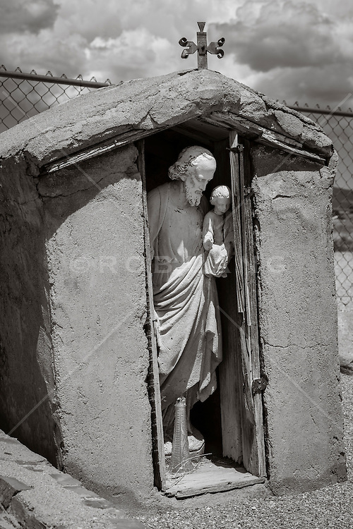 cemetery shrine found in New Mexico