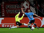 13-09-2008 VOETBAL:FC TWENTE:NEC NIJMEGEN:ENSCHEDE <br /> Bas Sibum op weg naar de 1-1, wanneer Sander Bosker te laat komt inglijden<br /> Foto: Geert van Erven