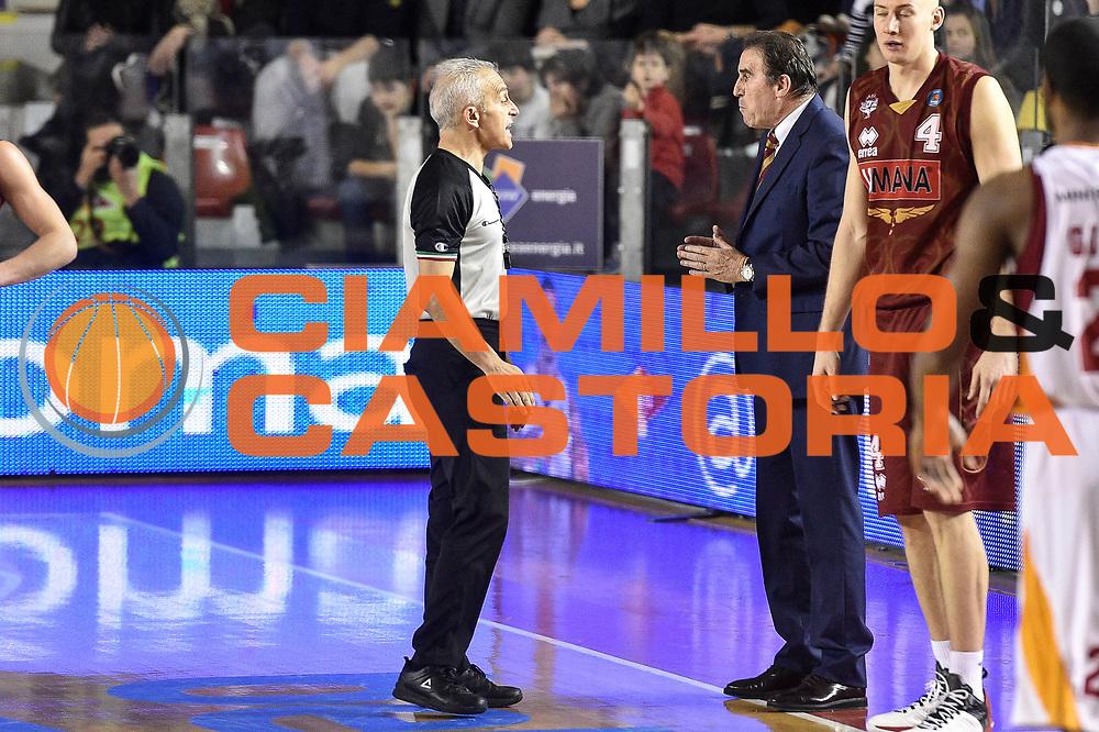DESCRIZIONE : Campionato 2014/15 Virtus Acea Roma - Umana Reyer Venezia<br /> GIOCATORE : Roberto Chiari Carlo Recalcati<br /> CATEGORIA : Fair Play<br /> SQUADRA : Umana Reyer Venezia<br /> EVENTO : LegaBasket Serie A Beko 2014/2015<br /> GARA : Virtus Acea Roma - Umana Reyer Venezia<br /> DATA : 01/02/2015<br /> SPORT : Pallacanestro <br /> AUTORE : Agenzia Ciamillo-Castoria/GiulioCiamillo<br /> Predefinita :