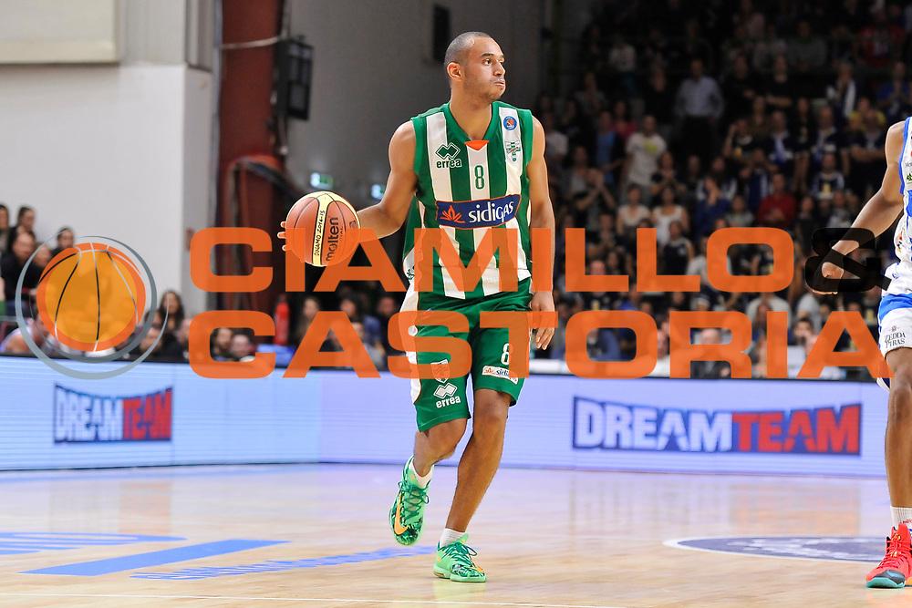 DESCRIZIONE : Campionato 2014/15 Dinamo Banco di Sardegna Sassari - Sidigas Scandone Avellino<br /> GIOCATORE : Adam Hanga<br /> CATEGORIA : Palleggio<br /> SQUADRA : Sidigas Scandone Avellino<br /> EVENTO : LegaBasket Serie A Beko 2014/2015<br /> GARA : Dinamo Banco di Sardegna Sassari - Sidigas Scandone Avellino<br /> DATA : 24/11/2014<br /> SPORT : Pallacanestro <br /> AUTORE : Agenzia Ciamillo-Castoria / Claudio Atzori<br /> Galleria : LegaBasket Serie A Beko 2014/2015<br /> Fotonotizia : Campionato 2014/15 Dinamo Banco di Sardegna Sassari - Sidigas Scandone Avellino<br /> Predefinita :
