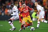 FOOTBALL - FRENCH CHAMPIONSHIP 2009/2010  - L1 - RC LENS v OGC NICE - 12/12/2009 - PHOTO GUY JEFFROY / DPPI - NENAD KOVACEVIC (LENS)