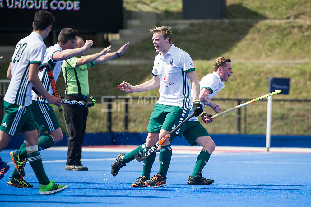 Canterbury celebrate scoring. Canterbury v Sevenoaks - Men's Hockey League Finals, Lee Valley Hockey & Tennis Centre, London, UK on 23 April 2017. Photo: Simon Parker