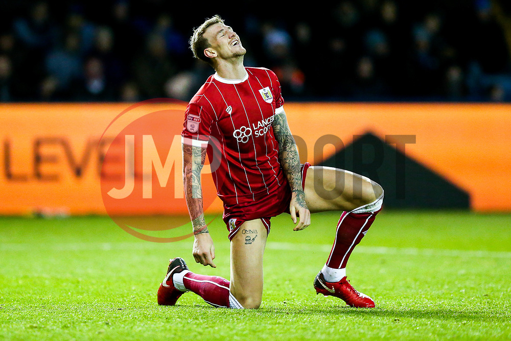 Aden Flint of Bristol City looks frustrated after he narrowly misses with an acrobatic shot - Rogan/JMP - 18/11/2017 - Hillsborough Stadium - Sheffield, England - Sheffield Wednesday v Bristol City - Sky Bet Championship.
