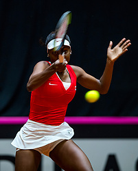 09-02-2019 NED: Fed Cup Netherlands - Canada, Den Bosch<br /> The Netherlands loses on the first day of Canada during the first round of the Tennis FedCup. The Dutch FedCup team plays after four years at home and is 2-0 behind / Francoise Abanda