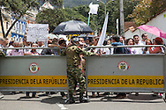 Bogota, Cundinamarca, Colombia - 05.10.2016        <br /> <br /> Peace protest in front of the office of President Santos in Bogota three days after the failed Colombian peace referendum. 50,22% voted against the negotiated peace contract between the marxist guerrilla FARC and the Colombian government.<br /> <br /> Friedensprotest vor dem Amtssitz des Praesidenten Santos drei Tage nach dem gescheiterten kolumbianischen Friedensreferendum. 50,22% stimmten gegen ausgehandelten Friedensvertrag zwischen der marxistischen FARC Guerilla und der kolumbianischen Regierung.<br />  <br /> Photo: Bjoern Kietzmann