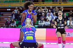 22-10-2016 ITA: Metalliche Montichiari - Igor Gorgonzola Novara, Montichiari<br /> Novara wint met 3-0 / Celeste Plak #4<br /> <br /> ***NETHERLANDS ONLY***