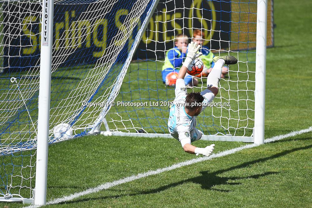 Tasman`s goal keeper Thomas Fawdry misses a penalty  during the Stirling Sports Premiership match Tasman Utd v Waitakere Utd. Trafalgar Park, Nelson, New Zealand. Sunday 27 November 2016. ©Copyright Photo: Chris Symes / www.photosport.nz