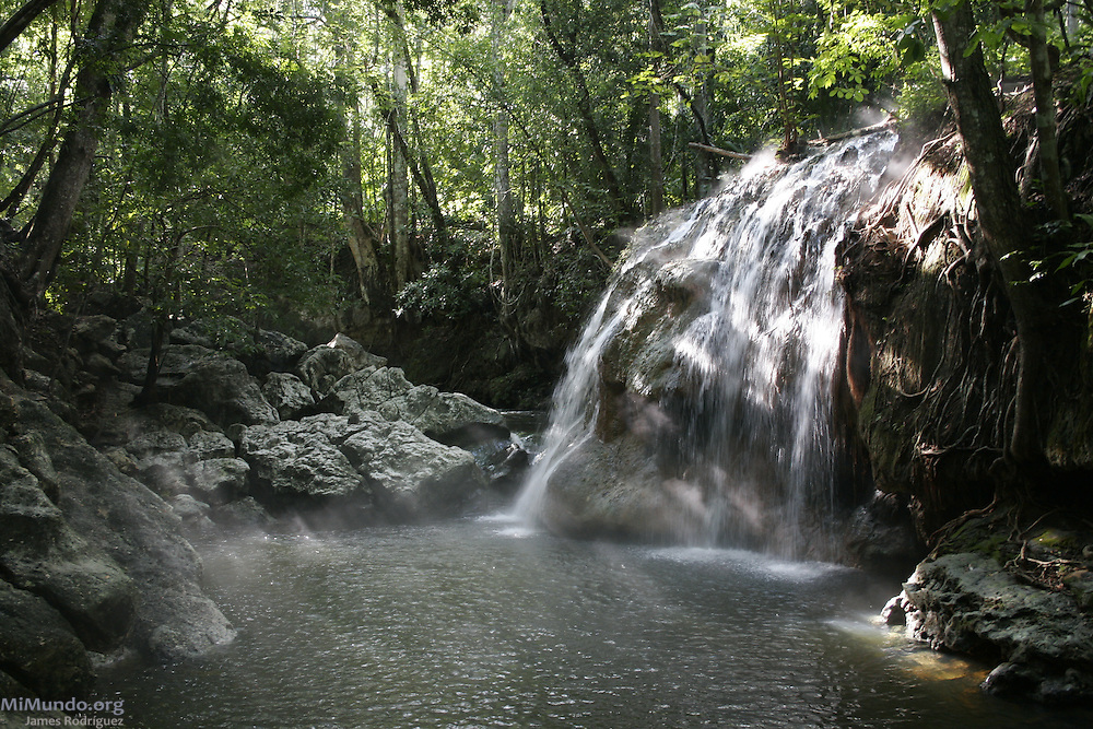 The hot-spring waterfall known as Finca Paraíso in El Estor, Izabal, is located on the edge of Lake Izabal.