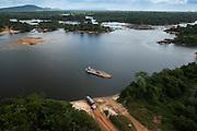 Kurupukari ferry crossing<br /> Iwokrama<br /> Rupununi<br /> GUYANA<br /> South America